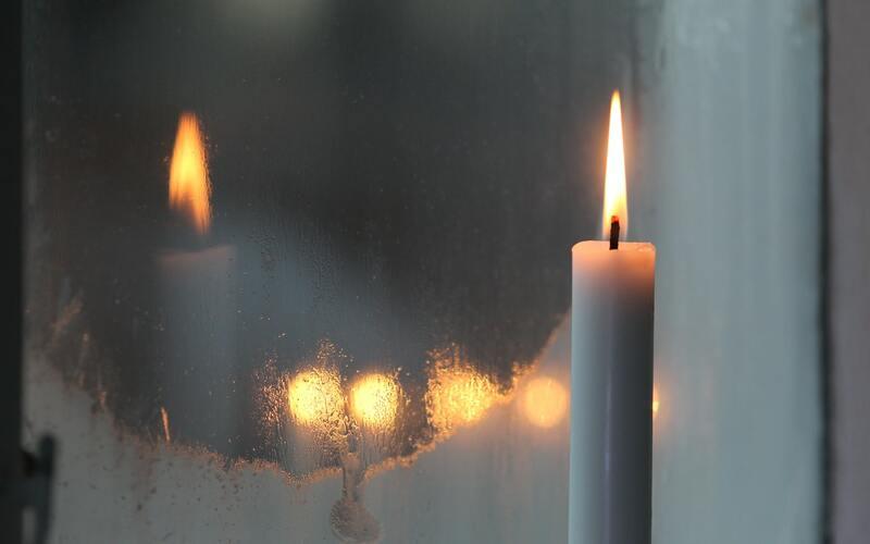 días para encender velas según color